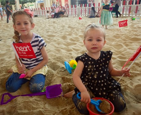 Centre:mk Summer Beach - 22nd July 2015
