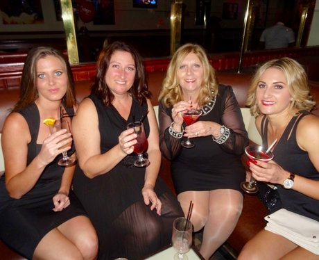 Su's Little Black Dress Party - Dick De Vigne's