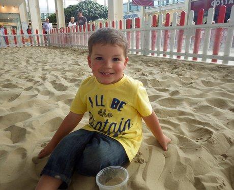 Centre:mk Summer Beach - 16th August 2015