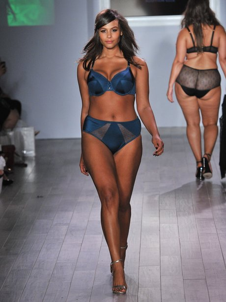 STUNNING Plus Size Models At New York Fashion Week - Heart