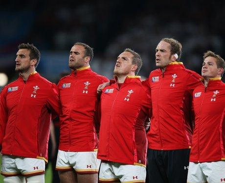Wales beat England at Twickenham