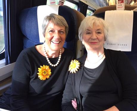 Calendar Girls On The Train