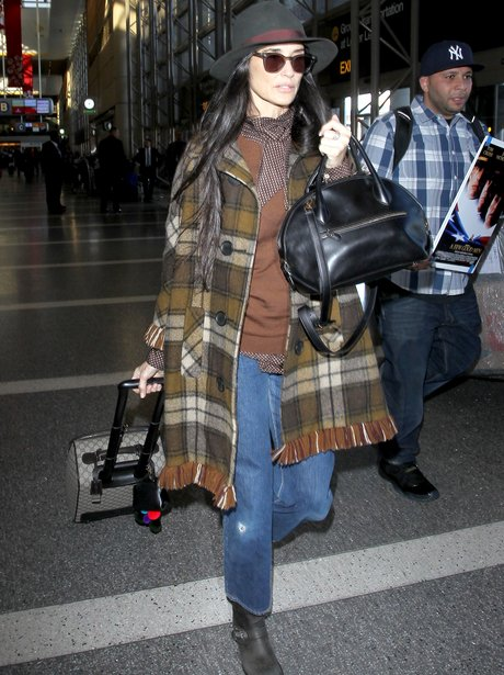 Demi Moore LAX Airport 2015
