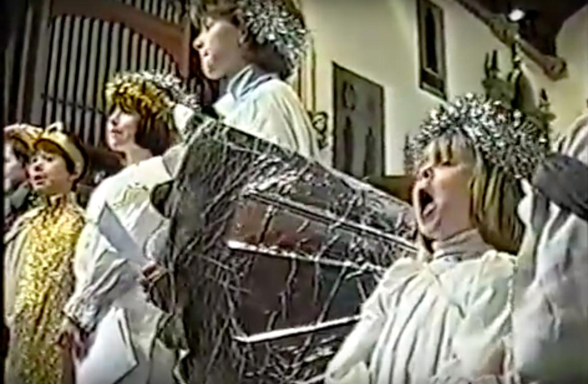 Child sings loudly at nativity play
