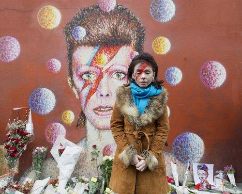 Hear David Bowie And Freddie Mercury Sing 'Under Pressure' Without