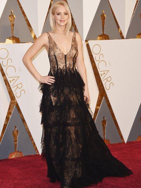 Jennifer Lawrence arrives at the Oscars 2016