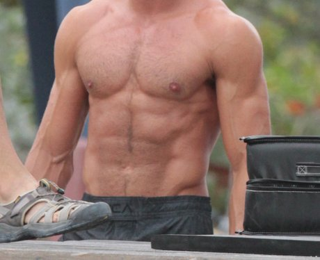 Zac Efron Bay Watch on set