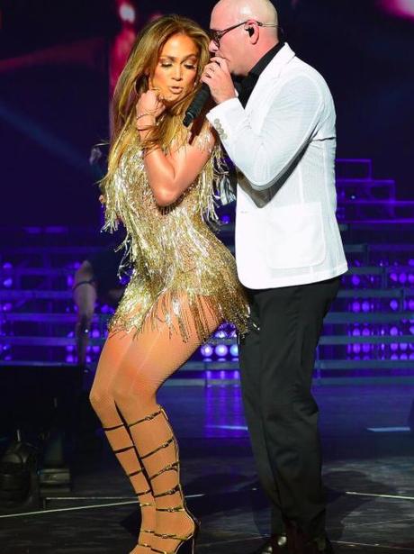 Jennifer Lopez, surprise, appearance, Pitbull, gig