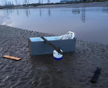 Fridge boat