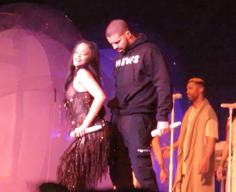 Rihanna and Drake dancing
