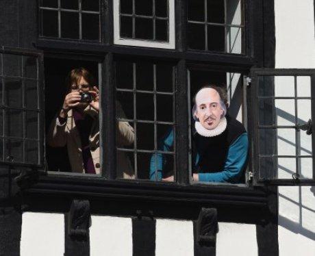Stratford Upon Avon Celebrates 400 Years Of Shakes