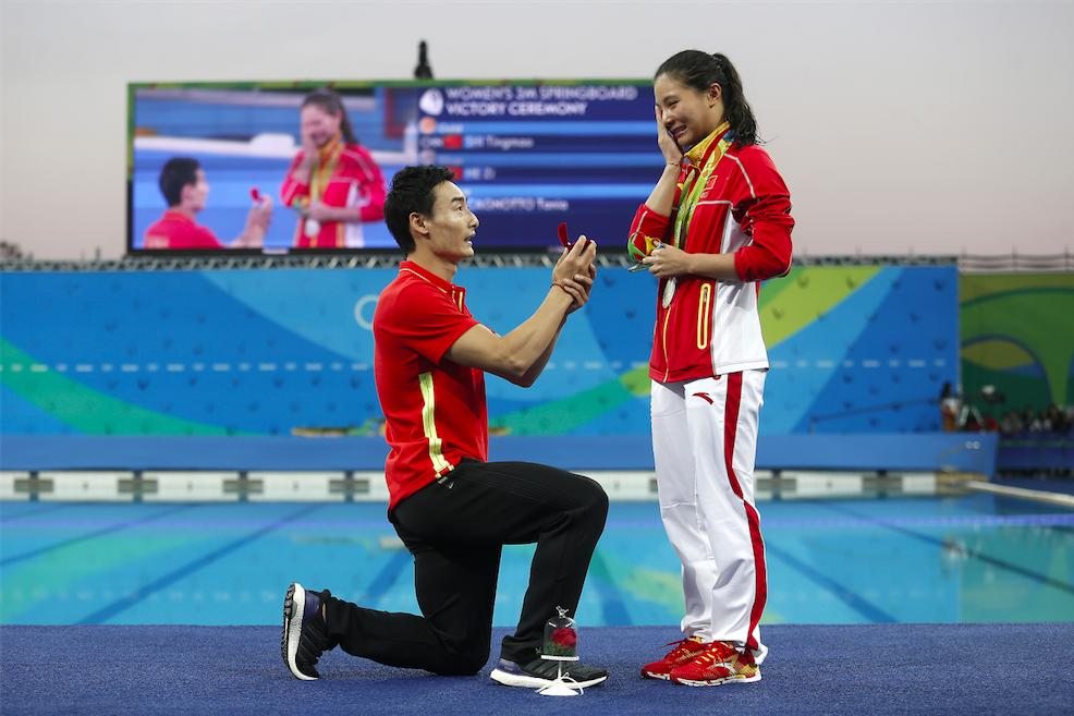 chinese diver proposal olympics 2016 cropped