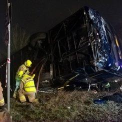M40 airport coach crash oxfordshire