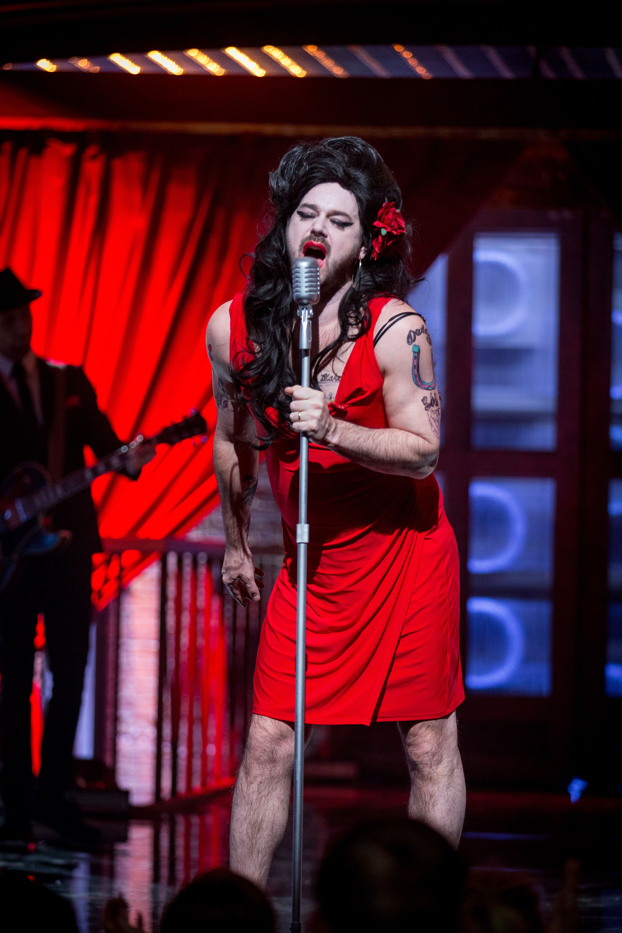 Danny Dyer Dresses Up As Amy Winehouse - Complete