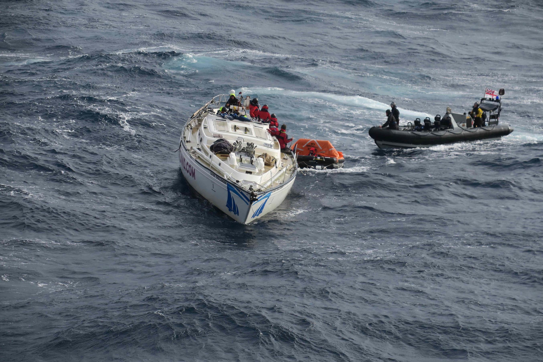 HMS Dragon rescue