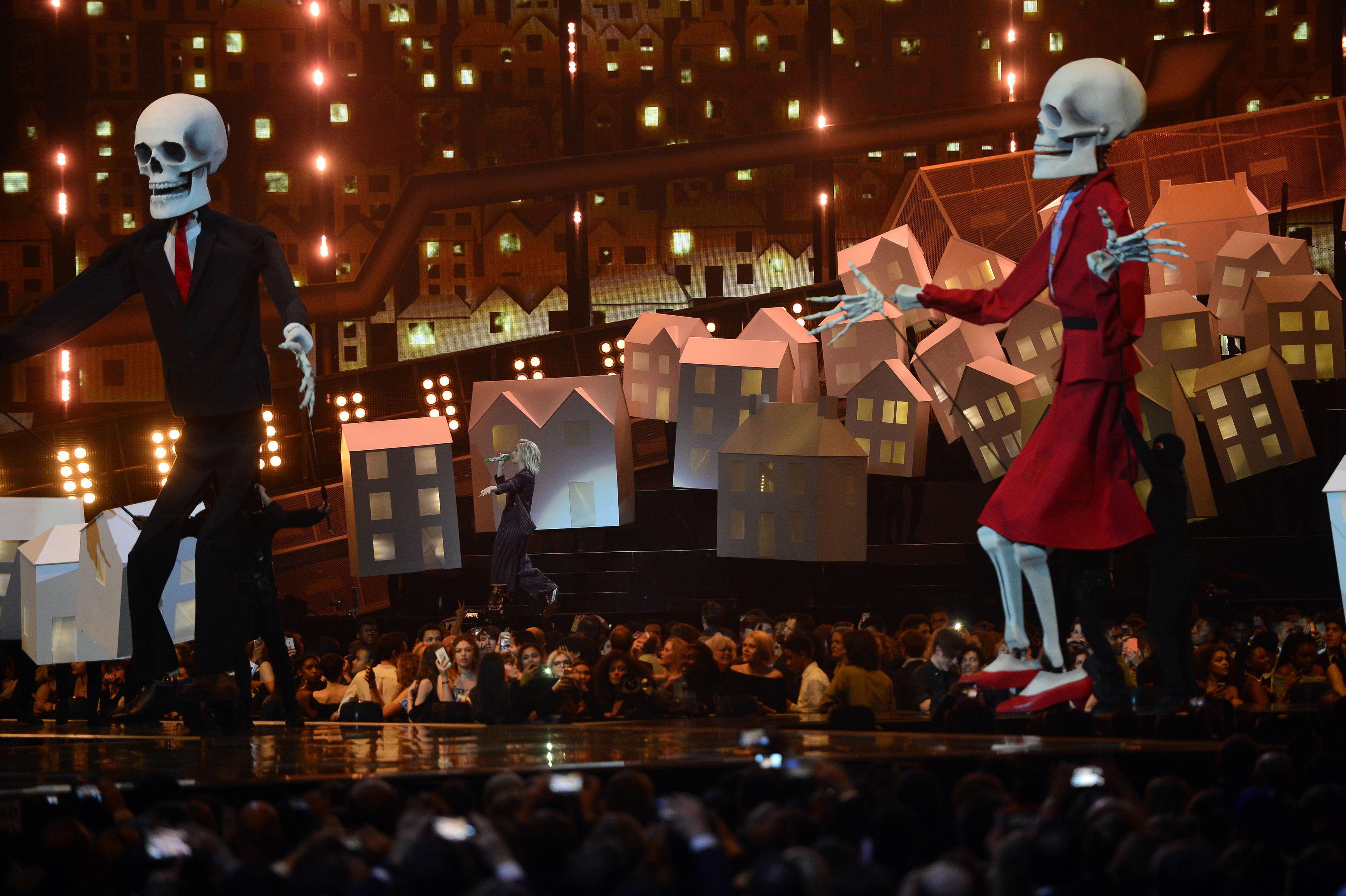 Katy Perry BRITs 2017 Live