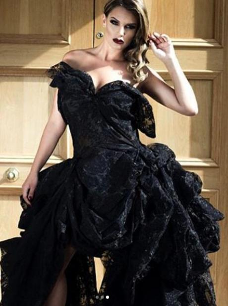 Pregnant Danielle Lloyd Stuns In Glamorous Fashion