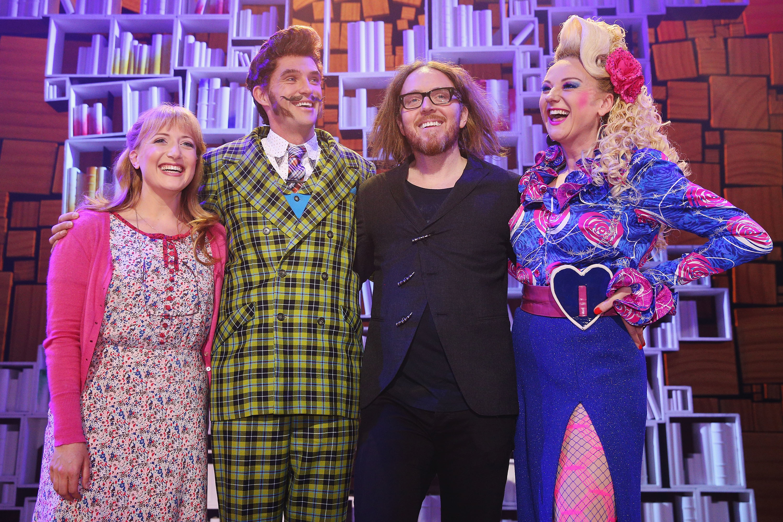 Tim Minchin and cast of Matilda