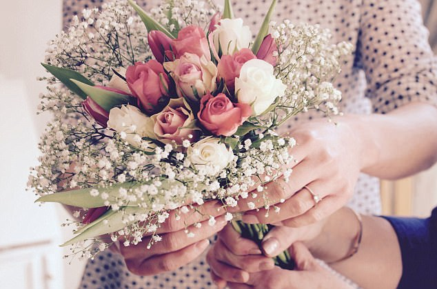 Budget bridal bouquet