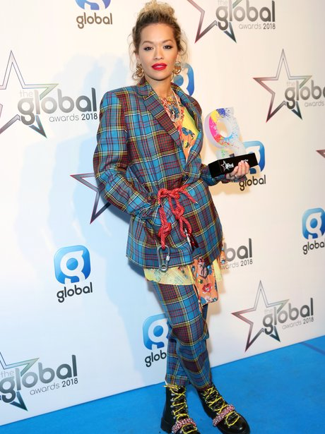 Rita Ora Global Awards 2018 backstage