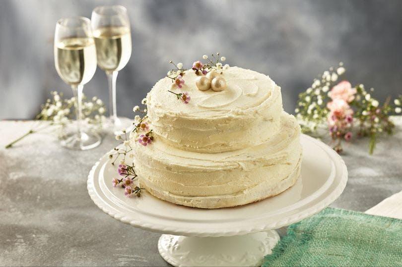 Iceland Royal Wedding Cake 2