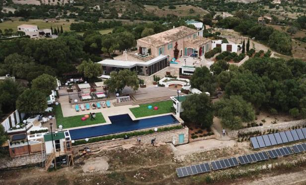 Inside The Love Island Villa: See Photos Of Their