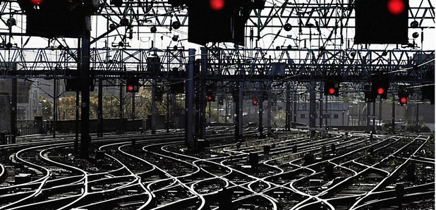 hot weather chaos at glasgow central train station
