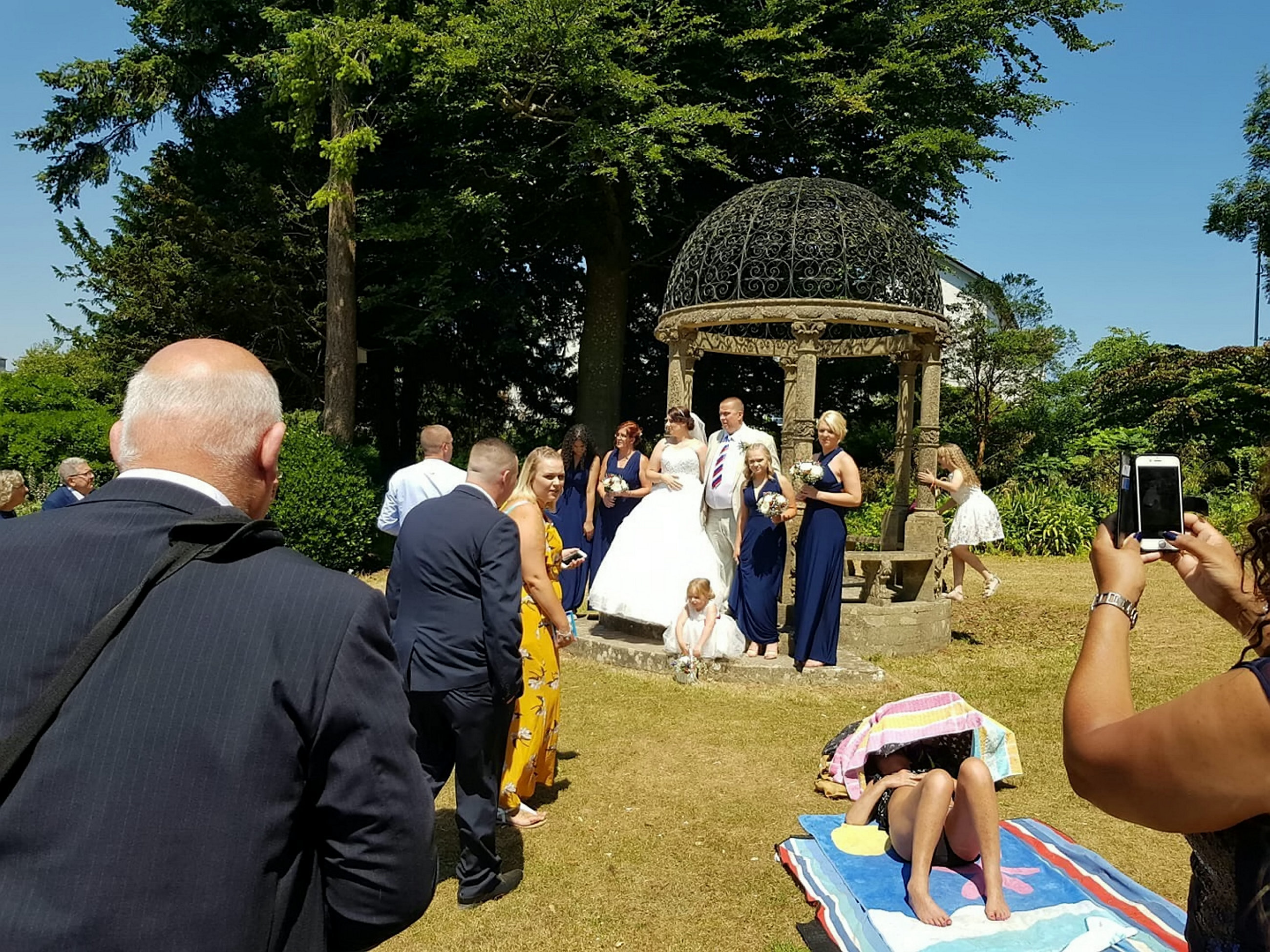 Sunbathing wedding
