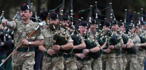 Music and dance spectacular as edinburgh tattoo begins for Scottish military tattoo 2018