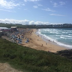 Surf competition continues