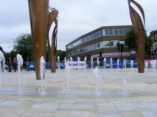Fountains and sculptures in Letchworth